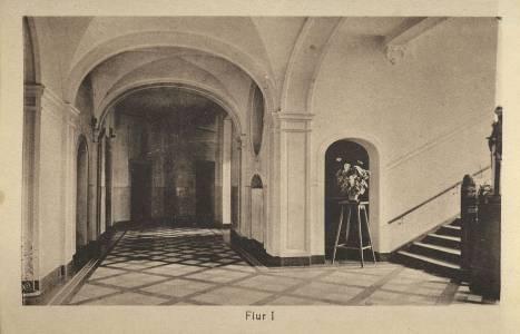 Ein Flur in den 1930er Jahren