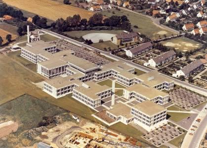 So sah unser Campus 1972 aus. Der Innenhof ist da noch nicht umgestaltet. (Foto: FH Münster)