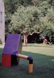 Hier zwei Teile der Installation auf dem Areal des Klosters Bentlage 1998 in Rheine. (Foto: Wolfgang Türk)