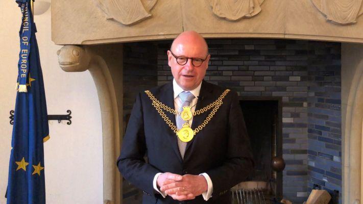 Markus Lewe, Oberbürgermeister der Stadt Münster, gratuliert unserer Hochschule zum Geburtstag.