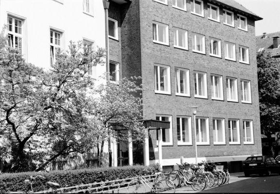 Von 1971 bis 2003 war unser Fachbereich Oecotrophologie Facility-Management in der Josefstraße untergebracht.