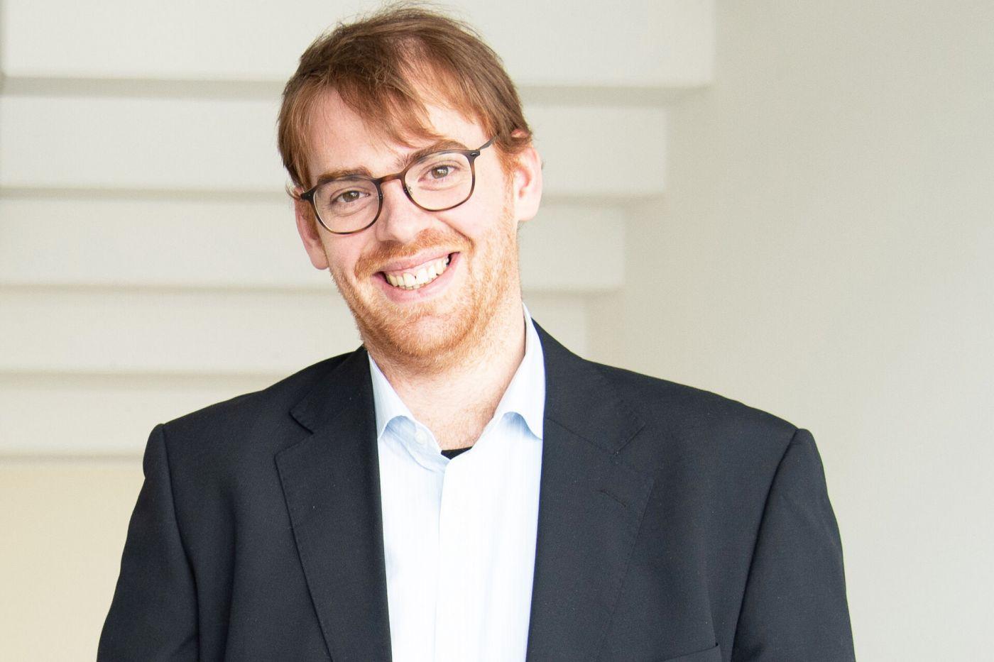 Prof. Dr. Sebastian Kurtenbach (Foto: Pressesteller/Anne Holtkötter)